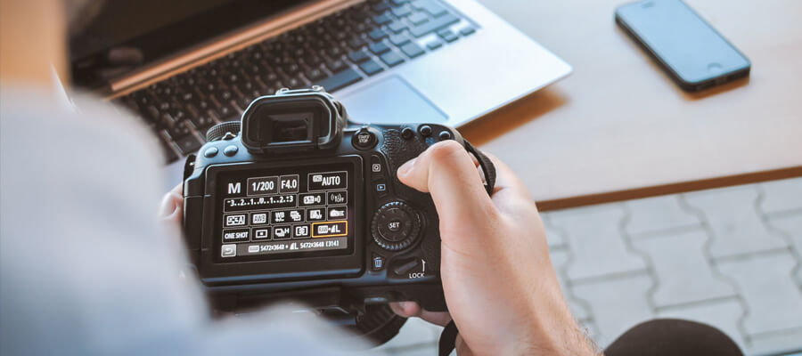 Featured image How To Become A Better Photographer No expensive gear in the beginning - How To Become A Better Photographer